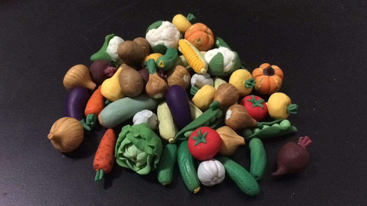 Капуста, перец, помидоры, огурцы, кабачок, баклажан, морковка, горох, горошек, свекла, тыква, кукуруза из полимерной глины, Цветная капуста из полимерной глины, Цветная капуста мастер-класс, картошка из полимерной глины, картошка мастер-класс, крепа из полимерной глины, репка мастер-класс, лук из полимерной глины, лук мастер-класс, чеснок из полимерной глины, чеснок мастер-класс, полимерная глина мастер-класс, марунич, мини овощи, овощи для игры, овощи для детей, миниатюры из полимерной глины